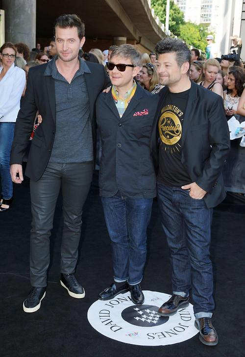 Richard Armitage, Martin Freeman and Andy Serkis on the Aria Awards Red Carpet. Photo from Akari01's Tumblr.